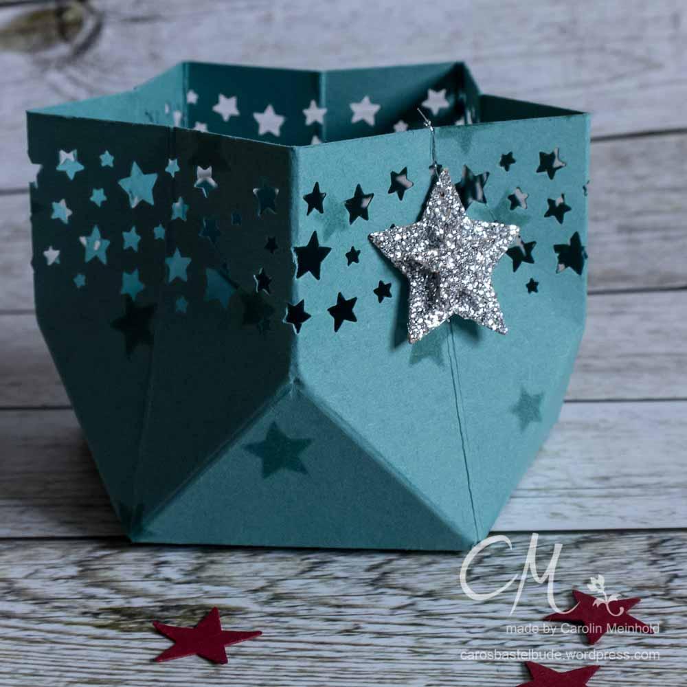 Sternförmiges Windlicht mit dem Stanz-und Falzbrett für Geschenktüten #CarosBastelbude